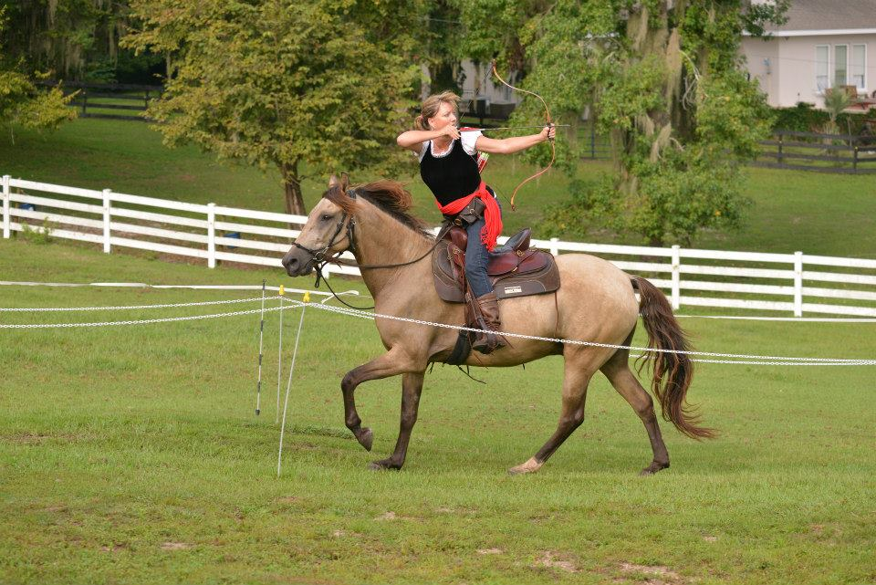 Connie Claire on Leo (DaVinci do Summerwind)  photo Adele Pennington